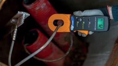 earth-ground-clamp-meter-t2000-ht-instruments.jpg